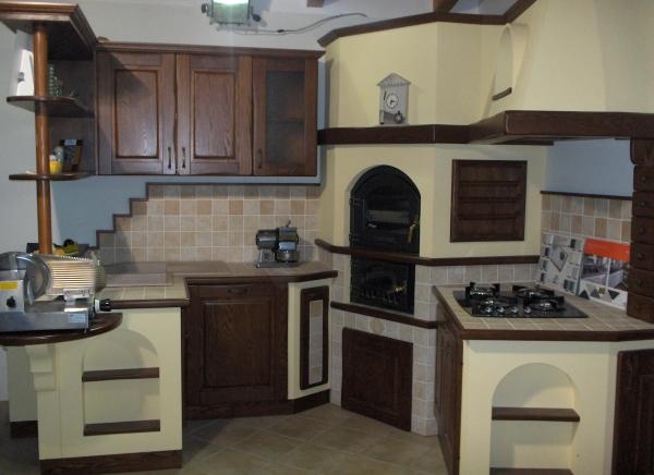 Cucina in muratura moderno bigini caminetti - Forno a legna cucina moderna ...