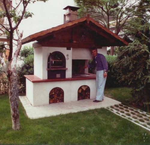 Cucina in muratura rustico bigini caminetti - Camini da esterno in muratura ...