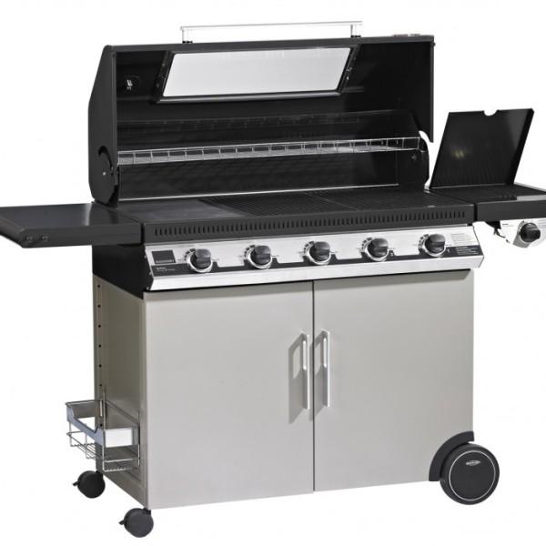 Barbecue Discovery 1100 E